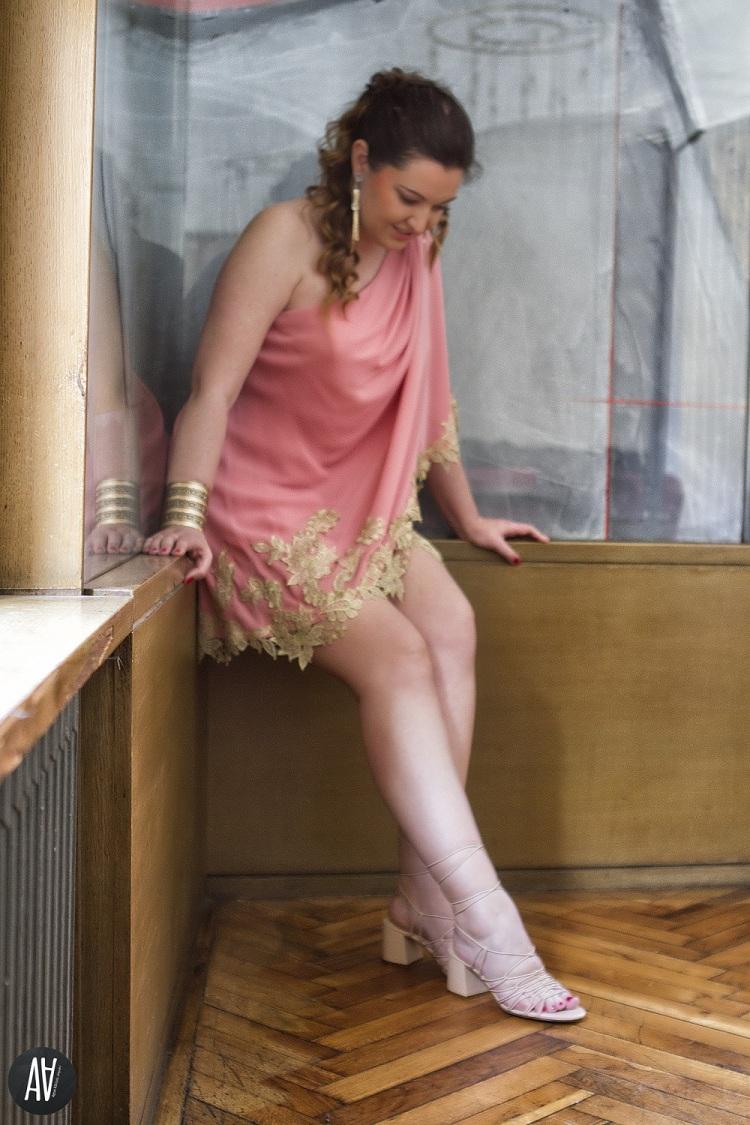 vestido-griego-de-fiesta-de-matilde-cano-invitada-perfecta-blog-de-moda-10