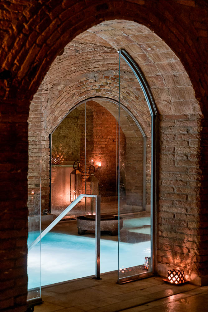bano-de-vino-en-aire-de-barcelona-aire-ancient-baths-27