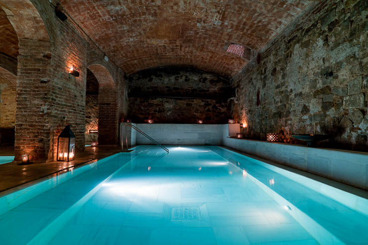 bano-de-vino-en-aire-de-barcelona-aire-ancient-baths-7