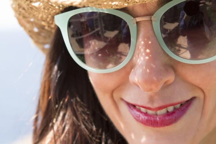 Chaleco tejano de plumas de Tanit Jeans Ibiza Moda Adlib 10