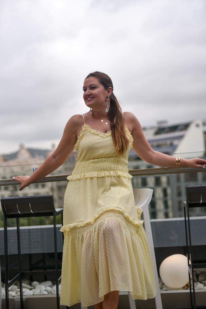 Look-vestido-amarillo-Trendsandfashion-12