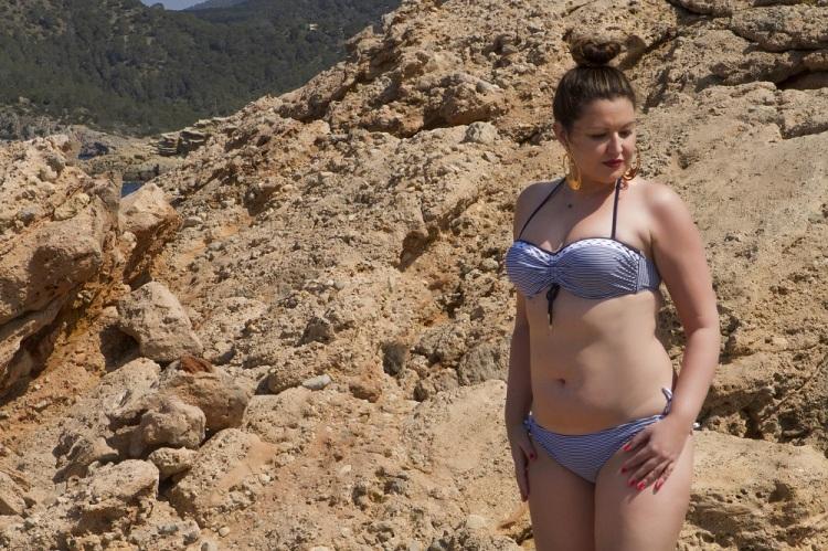 Bikini reversible de Dolores Cortés 10